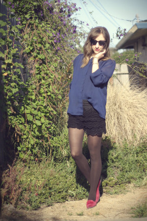black OASAP shorts - dark brown HUE tights - hot pink vintage flats