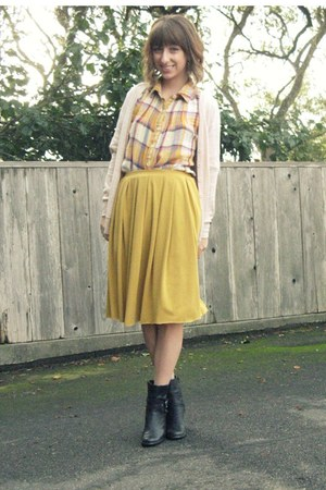 light yellow from a friend second hand blouse