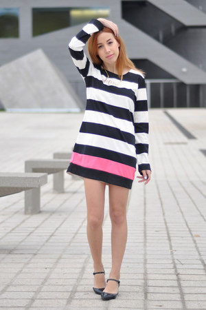 black asos shoes - white striped PERSUNMALL dress - gold love Choies necklace