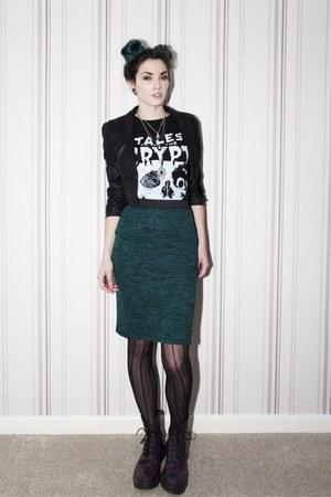 black cropped blazer H&M blazer - black Librastyletees t-shirt