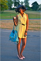 light yellow shirt dress dress - black oversized hat Macys hat