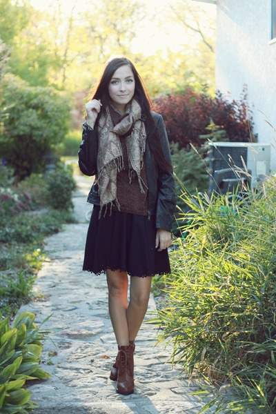 black Dahlia skirt - dark brown romwe boots