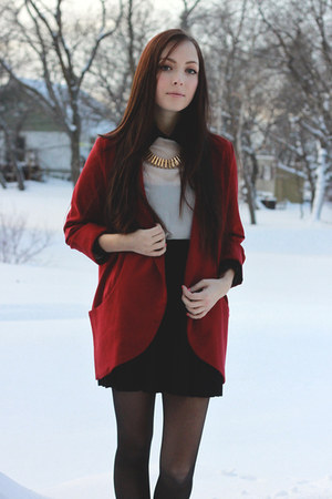 ruby red urban behavior blazer - gold merrin &amp; gussy necklace