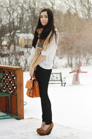 bronze LuLus wedges - light orange romwe scarf - orange romwe bag