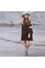 Black-asos-dress-beige-anthropologie-hat-black-daniel-wellington-watch