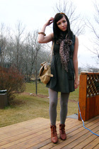 gray Seduction dress - brown from modcloth shoes - gray tights