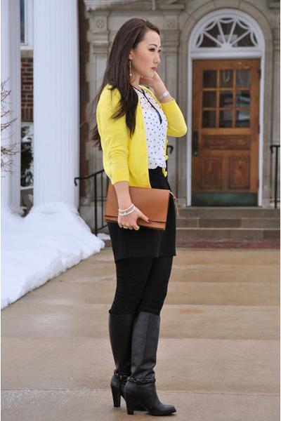 banana republic boots - HUE tights - Zara bag - Zara skirt - Zara blouse