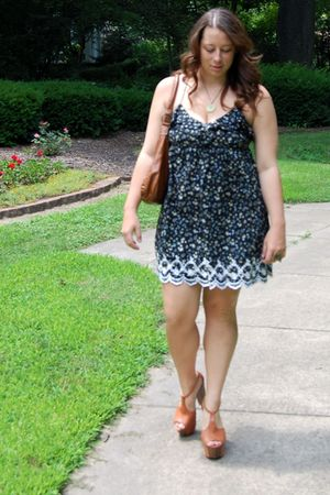 green Zara dress - beige Jessica Simpson shoes - beige wal-mart purse