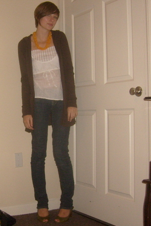 Charleston Slave Market necklace - Old Navy top - abercrombie and fitch sweater