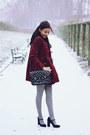 Burgundy-velvet-topshop-coat-grey-opaque-new-look-tights