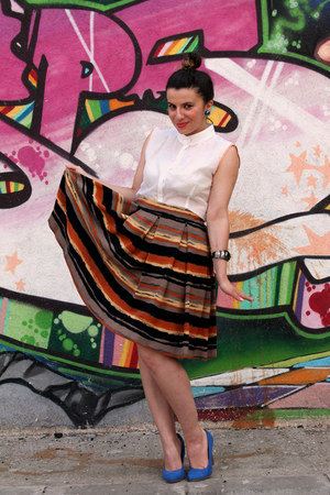 Casa de Moda Fancy skirt - blue shoes - white Casa de Moda Fancy shirt