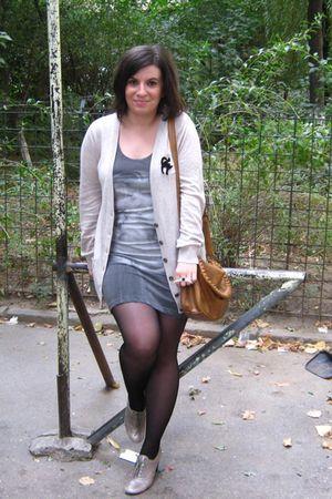 silver Nine West shoes - black tights - brown Terranova purse
