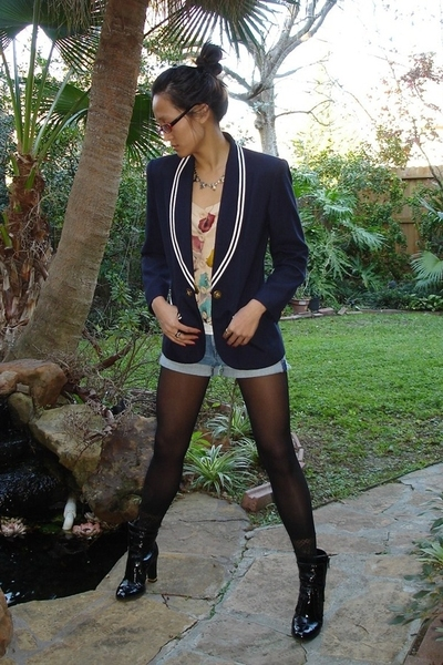 Salvation Army blazer - Macys sweater - H&M shorts - gianni bini boots - assorte