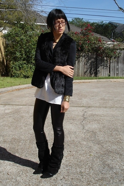 Salvation Army vest - BCBG top - Ross leggings - asos boots - vintage accessorie