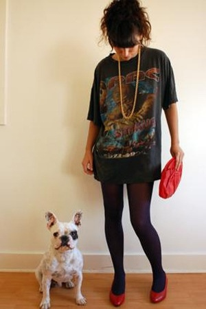 shirt - leggings - accessories - shoes - necklace