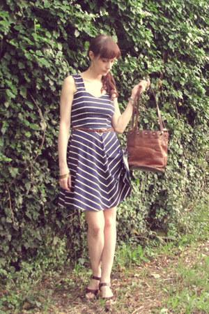 brown leather vintage bag - navy navy Dorothy Perkins dress