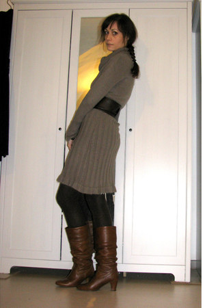 tan sweater dress - brown leather Aldo boots - dark brown obi belt