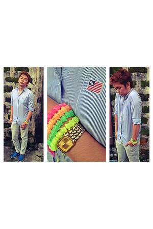 blue rubber Native shoes - sky blue button down Ralph Lauren shirt