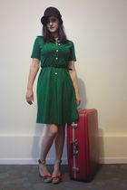 green vintage dress - black vintage belt - red Forever 21 shoes - red vintage su