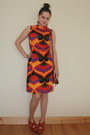 Orange-vintage-dress-brown-penneys-bag-red-thrifted-but-originally-zara-wedg