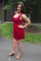 red straight cotton Forever 21 dress - nude tan wedge heel Old Navy wedges - gol