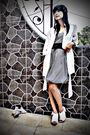 White-shoes-white-blazer-black-dress
