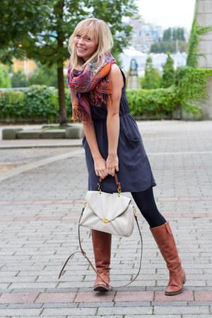 Anthropologie scarf - Zigi boots - Aritzia dress - Urban Outfitters bag
