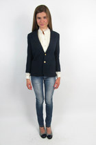 Blue-fitted-nautical-vintage-1980s-blazer