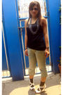 Black-top-blue-pants-white-online-shoes-silver-bazaar-accessories-brown-
