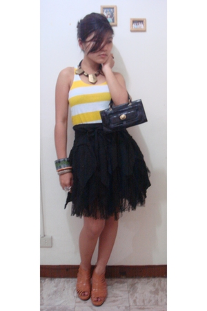 from G&G online shope top - skirt - shoes - Kenneth Cole - accessories