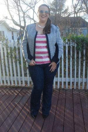 kohls blazer - Old Navy jeans - asos sunglasses - kohls necklace - Old Navy top