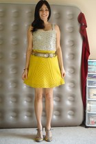 mustard asoscom skirt - gold sequined free people top - gold Betsey Johnson belt