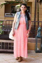 Old Navy dress - Aldo shoes - Zara bag - H&M necklace - J Crew vest