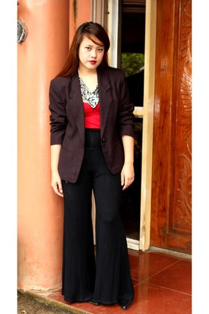 red cotton on top - black SOSI STUFF blazer - black Zara pants
