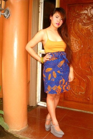 orange Zara top - blue SOSI STUFF skirt - heather gray Virtual Mae wedges - carr
