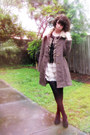 Peach-layer-cake-modcloth-dress-brown-savers-coat-light-brown-bobble-darling