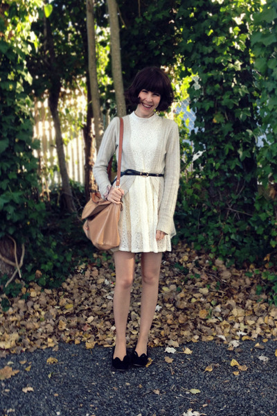 ivory lace romwe dress - nude amalie satchel Witchery bag