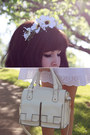 White-anita-broderie-storets-dress-ivory-double-bow-forever-new-bag