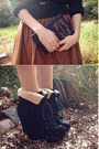 Brown-faux-leather-chic-wish-skirt-black-chinababy-windsor-smith-boots