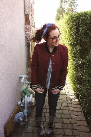 Floral Dr Martens boots - Levis jeans - Urban Outfitters jacket - thrifted blous
