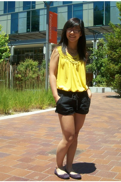 yellow top - black shorts - purple flats