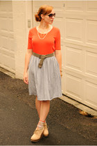 beige boots - heather gray skirt - carrot orange top
