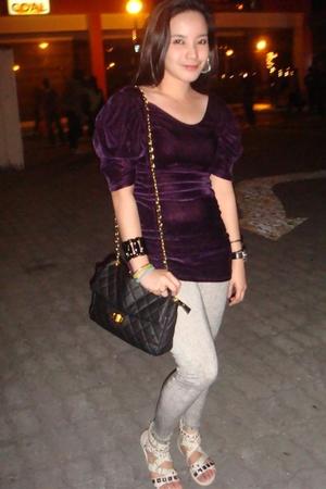 Violet top - Topshop leggings - white shoes - vintage purse - random accessories
