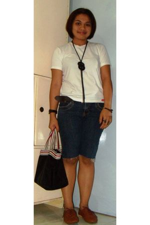 white Dickies t-shirt - blue denim shorts - brown Maphisto shoes - black sm dept