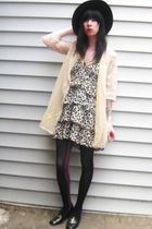 black vintage hat - brown H&M dress - beige vintage jacket