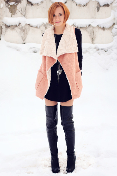 salmon nowIStyle coat - black Topshop boots - black nowIStyle dress
