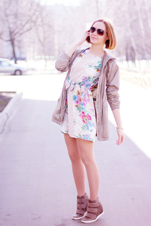 Love dress - asos wedges - Uniqlo hoodie