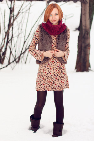 faux fur Mango vest - celtic boots - leopard print Oasis dress