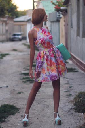 aquamarine mint asos bag - neon asos dress - mint asos heels
