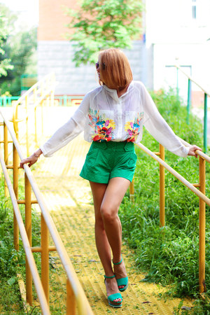 wconcept blouse - green asos shorts - zeroUV sunglasses - Bellast bracelet